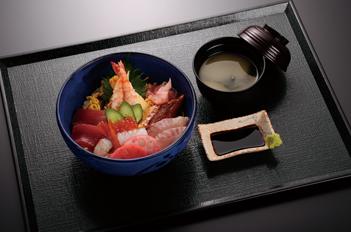 べっぴん海鮮丼